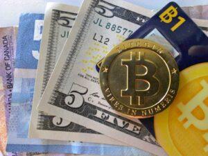 Eliminación del efectivo, control de todas las transacciones. Un poquito de por favor y cambiemos el NWO para dentro de un tiempo.