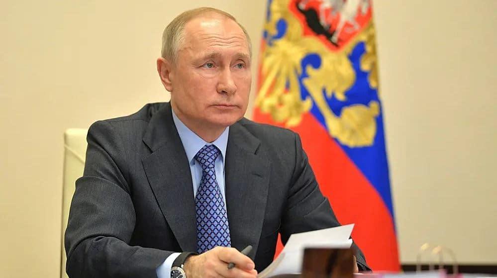 Putin no tiene ningún interés en el desarrollo de las criptomonedas en Rusia. Por sus leyes los conoceréis. Como nos gusta prohibir.