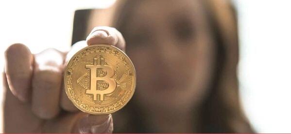 Lee más sobre el artículo Bitcoin el 50000 y el 61.8% de Fibonacci han sido mucha resistencia en primera instancia: Corrección